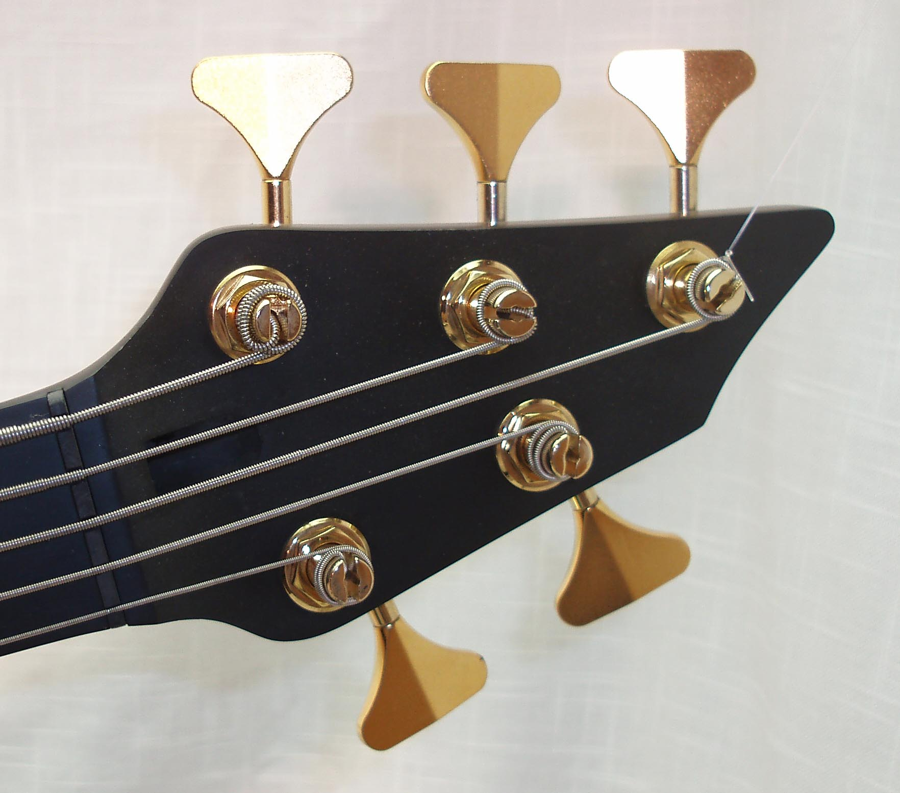 5-alternate-3+2-select bass